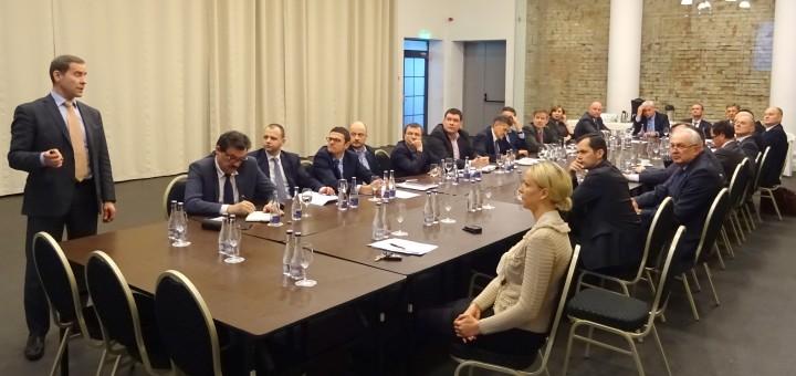 Bendras Klaipėdos miesto savivaldybės, VĮ Klaipėdos valstybinio jūrų uosto direkcijos ir Lietuvos jūrų krovos kompanijų asociacijos atstovų pasitarimas