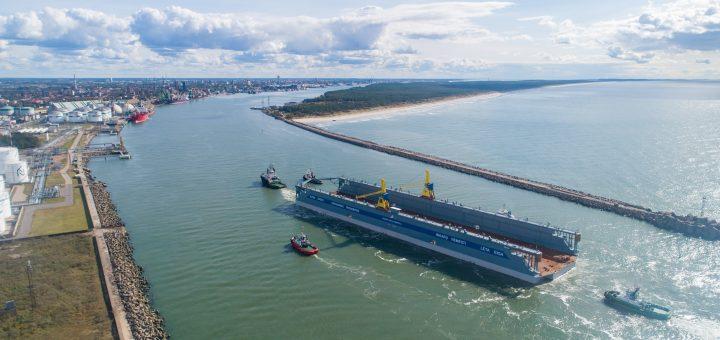 """AB """"Vakarų laivų gamykla"""" įmonių grupė paruošė darbui didžiausią Baltijos šalyse doką"""