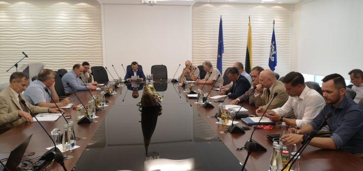 Lietuvos jūrų krovos kompanijų asociacijos ir Uosto direkcijos vadovybės pasitarimas dėl aplinkos kokybės gerinimo