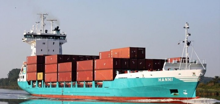 New container line in the port