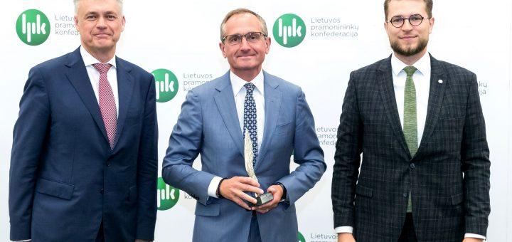 """AB """"Vakarų laivų gamykla"""" įmonių grupei jau aštuntą kartą įteiktas """"Lietuvos metų eksportuotojo"""" apdovanojimas"""